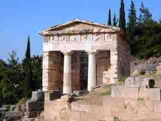 希腊:      德尔斐