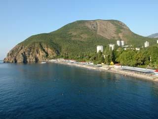 Alushta:  Crimea:  ウクライナ:      Partenit