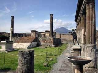 坎帕尼亚:  意大利:      Pompei