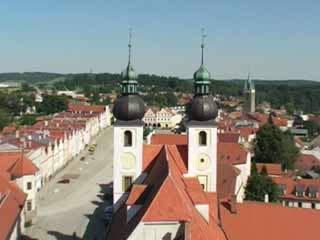 チェコ:      テルチ