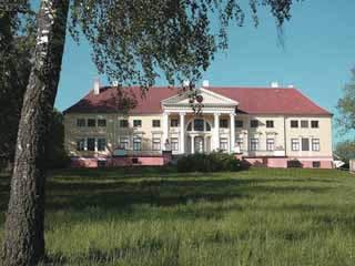 ラトビア:      Tukums
