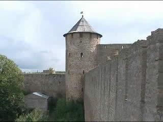 Leningradskaya oblast':  ロシア:      Ivangorod fortress