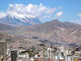 玻利维亚:      拉巴斯