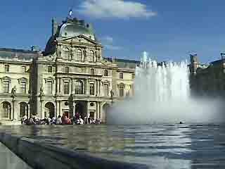 Париж:  Франция:      Лувр