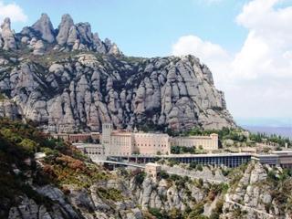 Catalunya:  スペイン:      Montserrat monastery