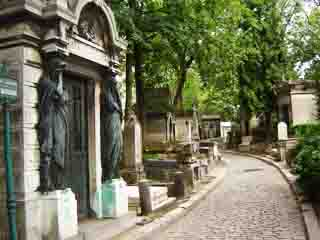http://tours-tv.com/objects/pere_lachaise_cemetery/Pere%20Lachaise.jpg