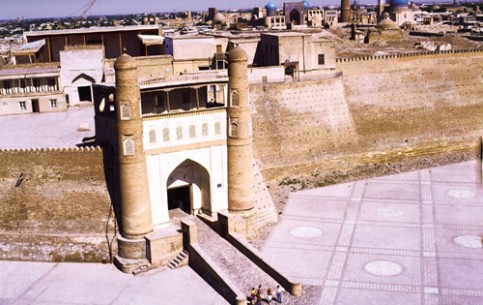 Arq fortress is the oldest architectural and historical monument of Bukhara. Today the Museum of Regional Studies is located on its territory