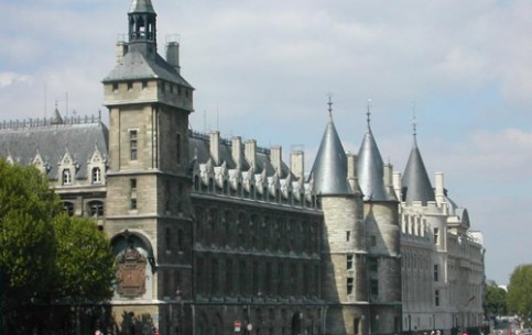 The Conciergerie, a splendid Gothic palace, is a former royal palace and prison in Paris. Hundreds of prisoners during the Reign of Terror were taken from La Conciergerie to be executed on the Guillotine