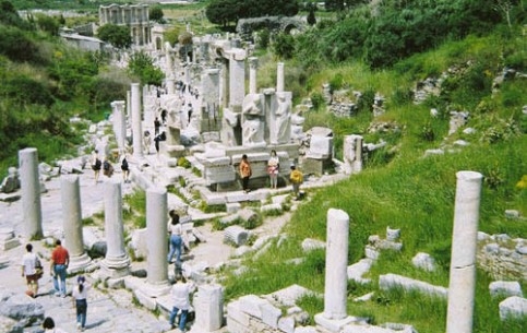 Ephesus, founded in II cent. BC, is located at crossroads of caravan and sea routes from Asia. Most archaeological sites pertain to period of the Roman Empire, when Ephesus reached its greatest prosperity