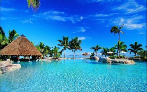 Fiji, located in the heart of the Pacific Ocean, is a favorite vacation spot for couples, divers and lovers of untouched nature