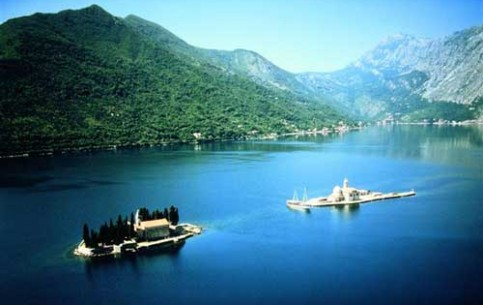 Old Kotor is one of the best preserved medieval towns in this part of the Mediterranean. Today it is the city of bustling pageantries, national festivals, bright carnival, international fashion shows