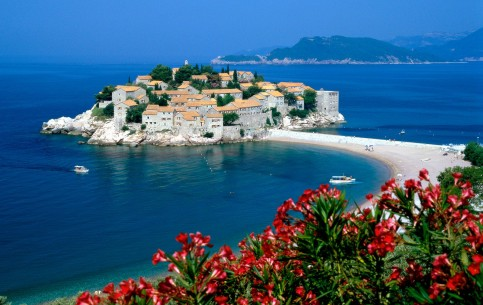 Montenegro - is an amazing country, where there is everything for relaxing holidays: high mountains, clear rivers, blue lakes, pure waters of the Adriatic Sea and stretching for many miles beautiful beaches