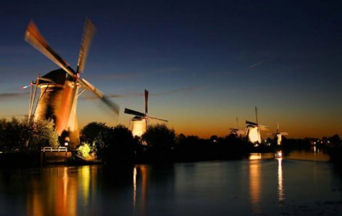 The country of tulips, windmills and bicycles occupies predominantly drained plane lands. The Netherlands have a special unique character thanks to a rich cultural heritage