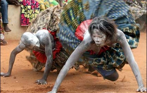 Ouidah - the quiet and peaceful town - is a center of African mystical Voodoo cult. The main sights are: the Temple of Python, the sacred grove, the Museum of Voodoo
