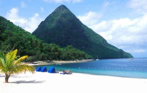 Saint Lucia gives great opportunities for active leisure: yachting, windsurfing, diving; excellent fishing, safari in tropical rain forests. Extraordinary excursions to the famous collapsed crater of the Soufrière volcano