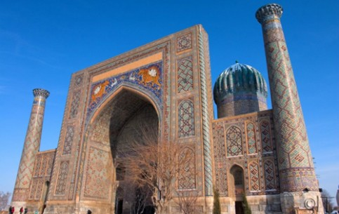 Samarkand is of the same age with Babylon, Athens and Rome - the history of the city is over 2750 years. Unique masterpieces of ancient architecture are well preserved there. Besides, there is wonderful climate and clean water