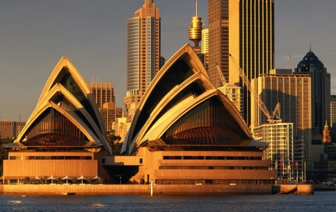 Sydney is one of the most beautiful port cities of the world. The main sights: Opera House, Harbour Bridge, Chinese Garden of Friendship, Royal Botanic Garden, the Zoo