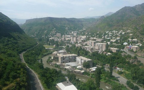 アルメニア:      Alaverdi