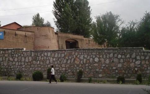 Андижан:  Узбекистан:      Андижанская крепость