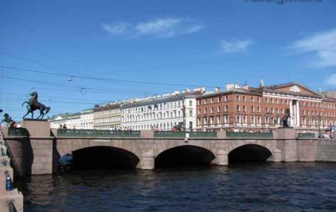 圣彼得堡:  俄国:      Anichkov Bridge