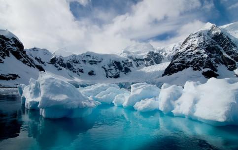 Antarctica:      Antarctic Voyage on board mv Plancius