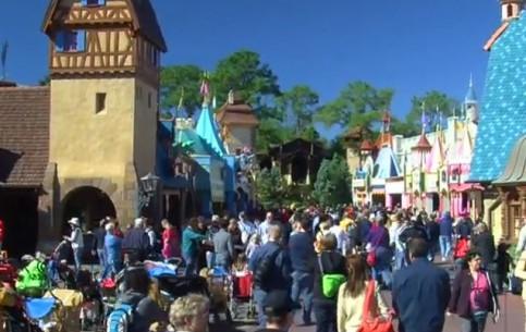 佛罗里达州:  美国:      Attractions in Orlando