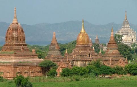 ミャンマー:      バガン