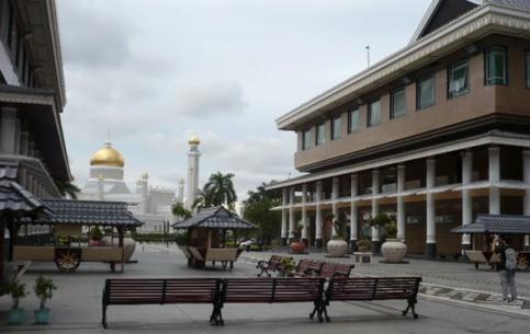 Бруней:      Бандар-Сери-Бегаван