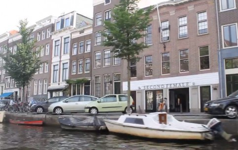 アムステルダム:  オランダ:  