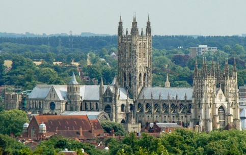 The ancient cozy town of Canterbury is known primarily due to