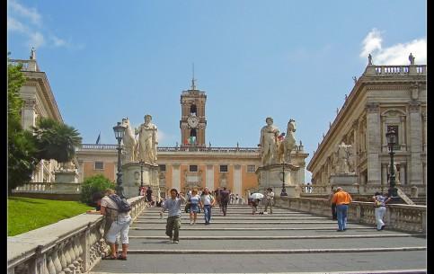 Roma (Rome):  Italy:      Capitoline square and Cordonata