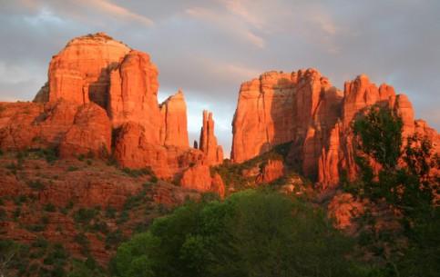 Аризона:  Соединённые Штаты Америки:      Скала Собор