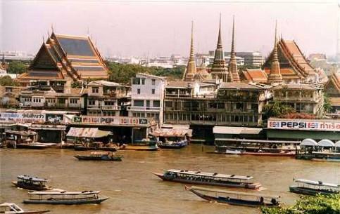 曼谷:  泰国:      Chao Phraya River cruise