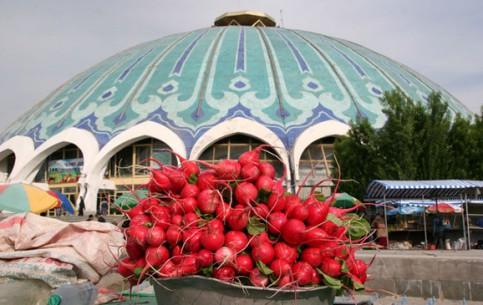 Tashkent:  Uzbekistan:      Chorsu Market