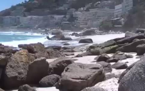 Кейптаун:  Южная Африка:      Пляж Клифтон