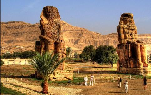 Луксор:  Нубия:  Египет:      Колоссы Мемнона