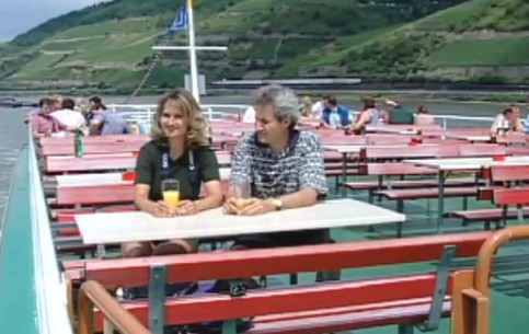 Рюдесхайм-на-Рейне:  Гессен:  Германия:      Круиз по реке Рейн