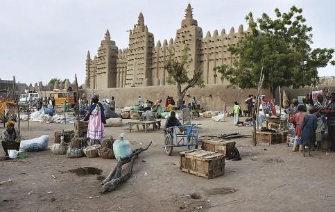 Niger:      Djenné