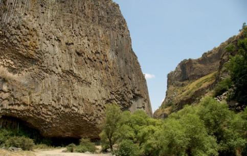 Армения:      Ущелье Гарни