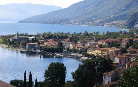 Lombardia:  イタリア:      Gravedona