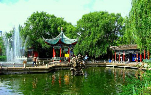 KunMing:  中国:      Green Lake Park