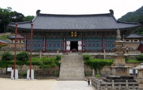 韩国:      Haeinsa Temple