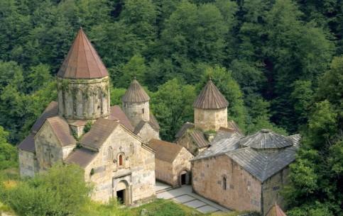 亚美尼亚:      Haghardzin monastery