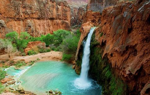 アリゾナ州:  アメリカ合衆国:      Havasu Falls