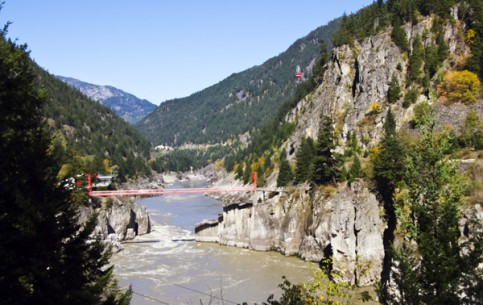 British Columbia:  Canada:      Hell's Gate