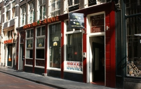 荷兰:      Hostels in Holland