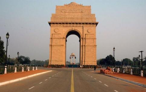 Дели:  Индия:      Ворота Индии