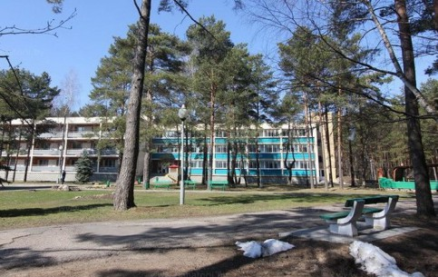 Myadzyel:  ミンスク:  ベラルーシ:      Juravushka Sanatorium
