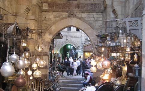 Cairo:  Egypt:      Khan Elkhalili market