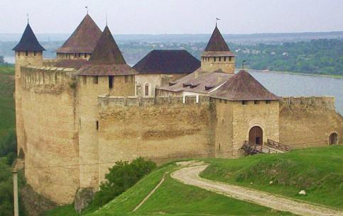 Chernivtsi:  Ukraine:      Khotyn Fortress